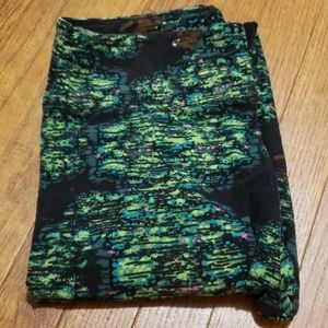 Lularoe leggings Bigfoot